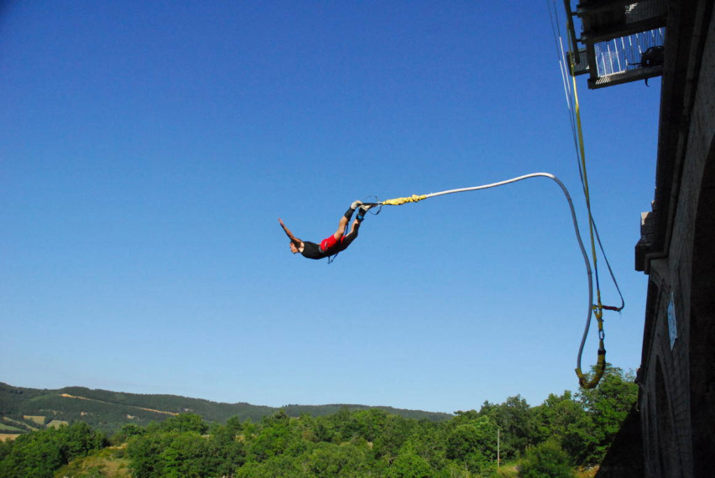 Bungee jump in Altopiano di Asiago, Vicenza, Italy 175 meters